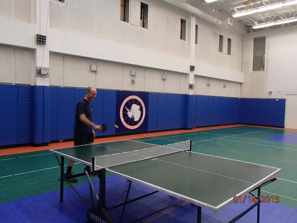 Table tennis in the South Pole gym